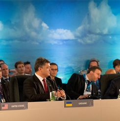 NATO-Ukraine Commission working session, 2014 / Photograph: Paul Shaw