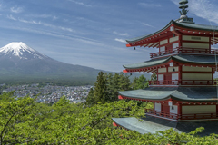 Featured image credit: fuji mount pagoda japan mountain by oadtz. Public domain via Pixabay.