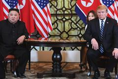 Photo of Trump and Kim in Hanoi