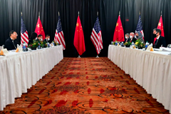 U.S. Secretary of State Antony Blinken (2nd right), joined by National Security Advisor Jake Sullivan (right), speaks while facing Yang Jiechi (2nd left), director of the Central Foreign Affairs Commission Office, and Wang Yi (left), China's State Councilor and Foreign Minister, at the opening session of US-China talks in Anchorage, Alaska, U.S. March 18, 2021.   © Reuters