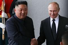 Kim Jong Un with Vladimir Putin on April 25. Photographer: Andrey Rudakov/Bloomberg