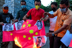 Anti-China protests broke out across India after Indian authorities said 20 of its soldiers died in a clash with Chinese troops in the Himalayan Mountains. It is the worst military confrontation between the nuclear-armed neighbors in decades. Photo: Narinder Nanu/AFP