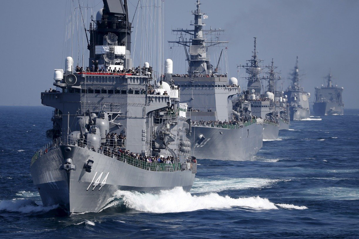 Ships in the South China Sea