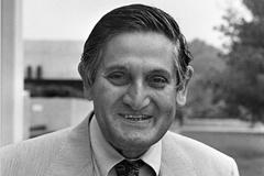 Carl Kaysen